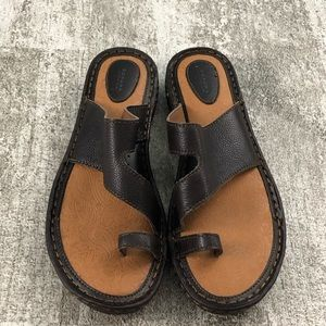 Sonoma Brown Leather Upper Sandals Size 9 1/2
